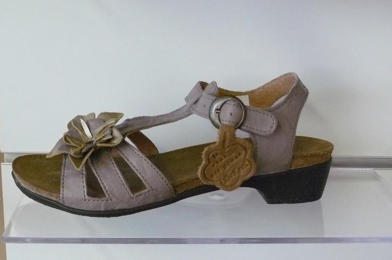 sandales kickers casual femme aux plaisirs de la boutique. Black Bedroom Furniture Sets. Home Design Ideas
